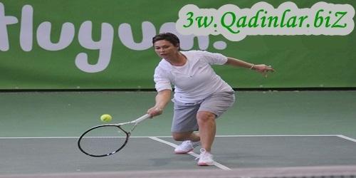 Hülya Avşar tennis kursu açdı