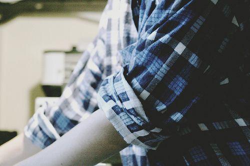 Клетчатой рубашке