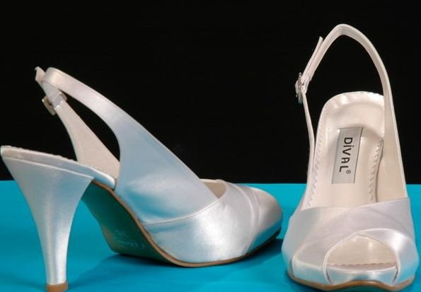 Ən yeni gəlinlik ayaqqabılar....