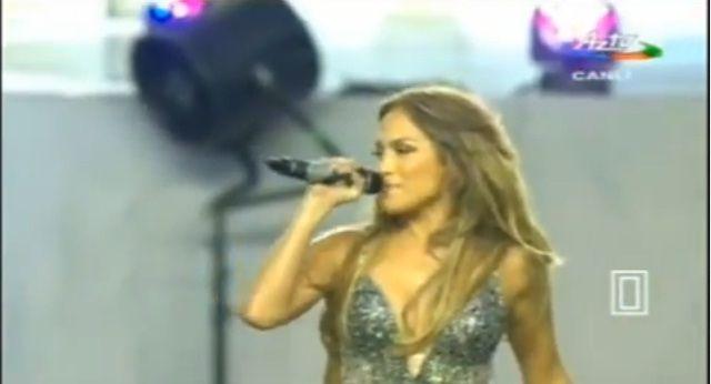 Дженифер Лопес выступила в Баку на открытии чемпионата мира по футболу среди женщин