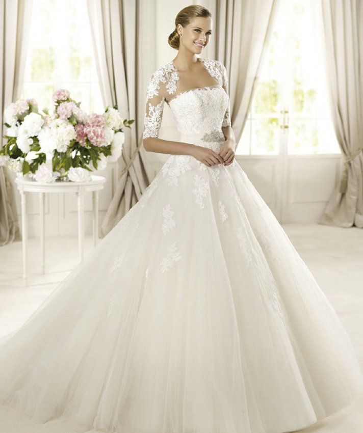 2013 wedding dress from Pronovias Fashion Collection