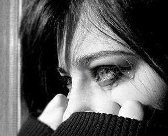 Qadınlar çox ağlayır