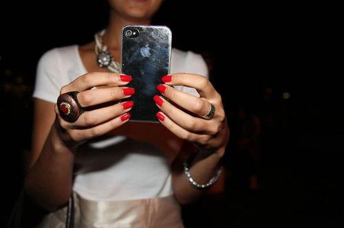 iPhone girls