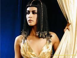 Kleopatranın inanılmaz makiyaj sirləri: o bunları necə edirdi?