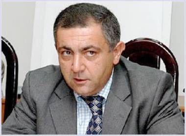 """Ərəstun Oruclu: """"Ziyalılıq məsələsi Ramiz Mehdiyev üçün  yad mövzudur"""""""