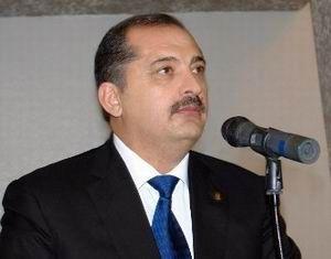 Vilyam Hacıyev kadr bazarı açıb