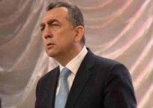 Eldar Əzizova sərt tələb