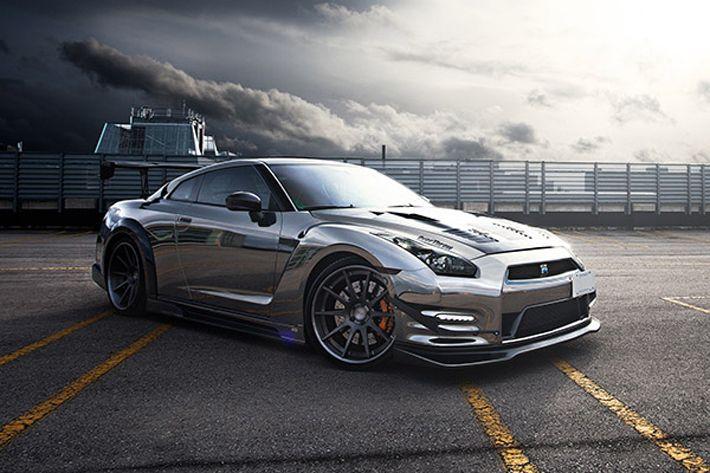 ReStyle It atelyesindən xromlu Nissan GT-R