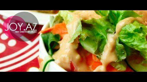 Sezar souslu kartof salatı