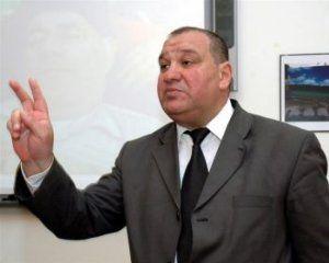 Azərbaycan prezidentliyinə namizəd xaricdən siyasi sığınacaq istədi