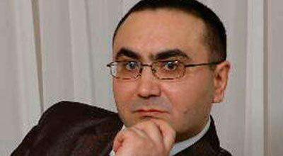 Milli Şuranın  təmsilçisi  hava limanında həbs edildi-Bakıda