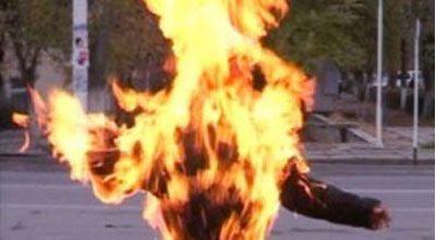 22 yaşlı gənc yanaraq öldü