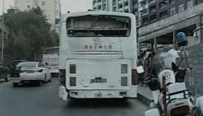 Bakıda daha bir sərnişin avtobusu qəzaya uğradı