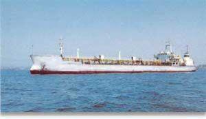 Rus kəşfiyyatı Azərbaycanın qaçaq neft daşıyan gəmisini tutdu