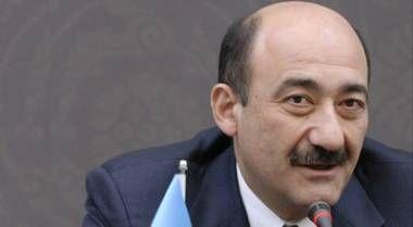 Əbülfəz Qarayev Qubada inək vurdu -EKSKLÜZİV
