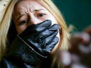 Polis 17 yaşlı qızı qaçıran dəstəni yaxaladı
