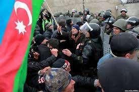 Beyləqanda polislə vətəndaşlar arasında qarşıdurma