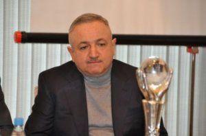 """Vaqif Mustafayev Space-ni etirazçılardan """"təmizlədi"""""""