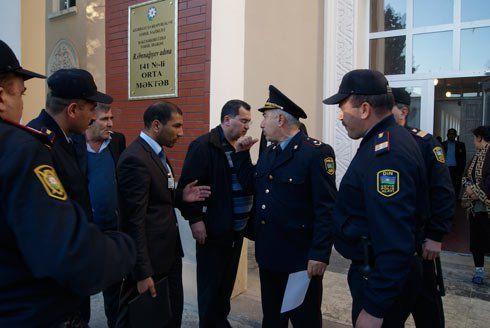 Sumqayıtda seçkiyə polis müdaxiləsi- VİDEO