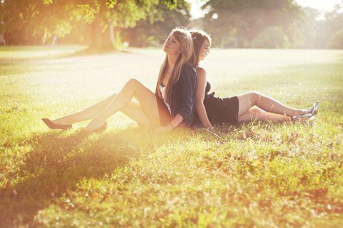 Dostluğumuz-Bacılığımız