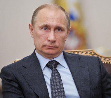 Putindən yeni QAYDA: Miqrantlar Rusiyaya yalnız xarici pasportla buraxılacaq