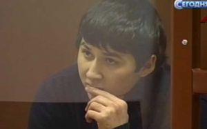 Rusiyada 19 yaşlı azərbaycanlı 8 zorlama ittihamı ilə həbs edilib