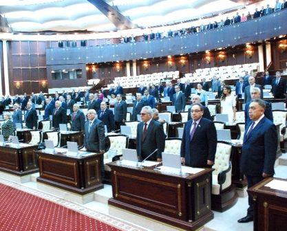Dövlət büdcəsi təqdim EDİLDİ: Neftin kölgəsindən çıxırıq