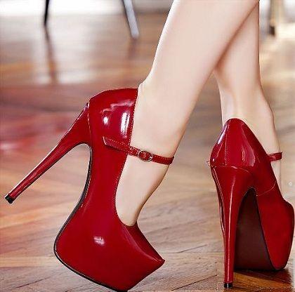 Topuklu ayaqqabılar