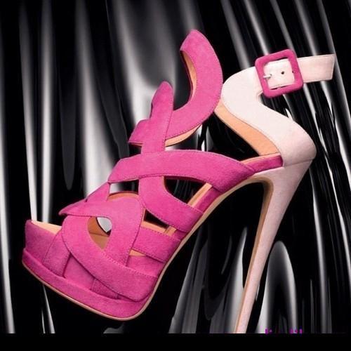 Topuklu ayakkabılar[2]
