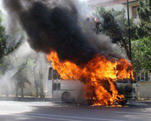 Sumqayıtdan Bakıya gələn avtobus yandı
