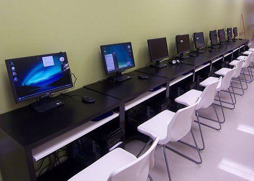 Uşaqların internet klublarından istifadəsi məhdudlaşdırılır