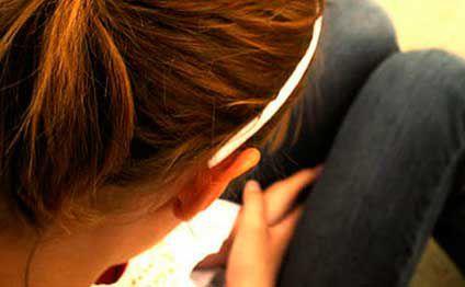 ŞOK: Azərbaycanda ata 9 yaşlı qızını zorladı