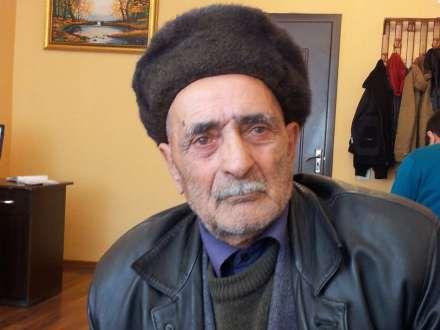 """""""Övladlarım evimi ələ keçirmək üçün mənə işgəncə verir"""""""