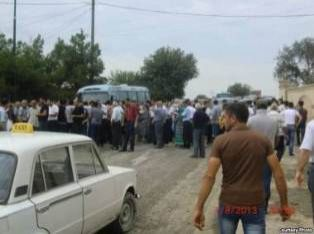 Şəmsəddin Xanbabayev xaçmazlıları prezidentə qarşı qaldırdı?-Etiraz aksiyası