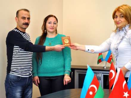 Ağır cinayətlərdə ittiham olunan şəxs Bakı İstintaq təcridxanasında evləndi (FOTO)