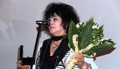 Xalq artisti Zeynəb Xanlarovanın ad günüdür