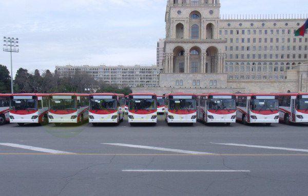 Avtobus sürücüləri tətil etdi