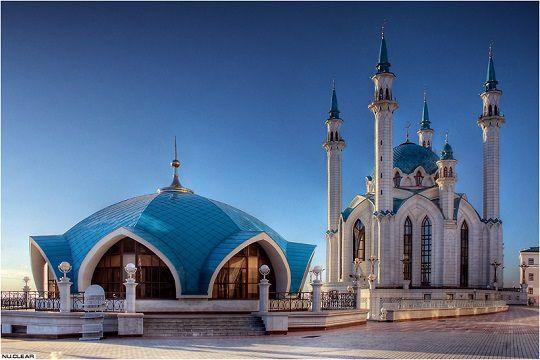 Azeri Sahar Tv | В ОПРФ обсудили пути реализации уфимских тезисов Путина об исламе |
