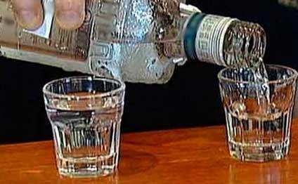 Saxta içkilər istehsal edilən sexdə iş dayandırıldı