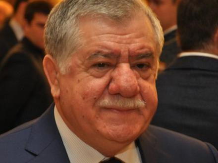 Abbas Abbasovun oğlu atasının açdığı telekanaldan danışdı