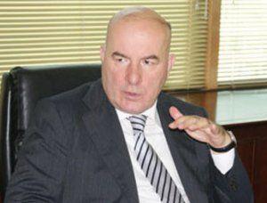Elman Rüstəmov arayışsız kreditlərə qadağa qoydu