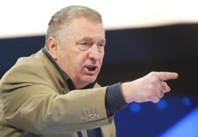 Jirinovski kök məmurların işdən qovulmasını tələb etdi