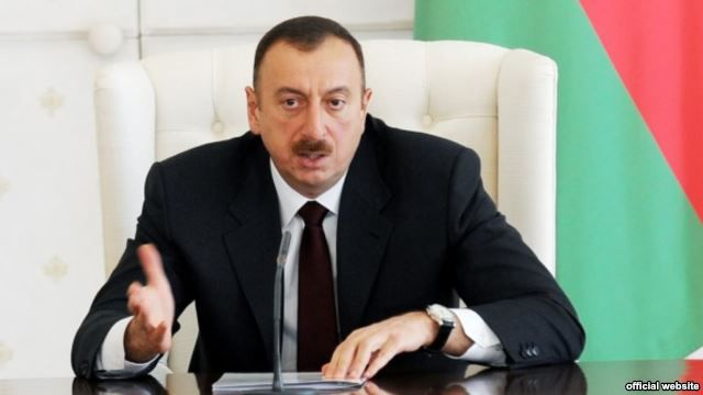 İlham Əliyev icra başçılarını topladı