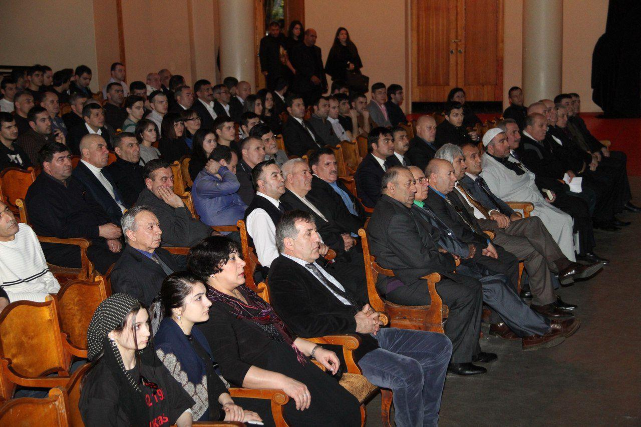 Azeri Sahar Tv | Диаспора Азербайджана в СПб почтили память жертв Ходжалинского геноцида |