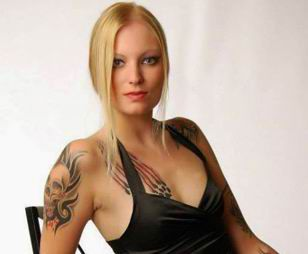 Nasist partiyasının üzvü porno ulduz çıxdı (FOTO)