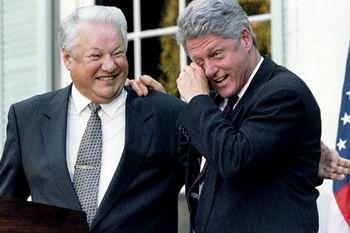 """Yeltsinin Klintona qapalı MƏKTUBU: """"Bakı daima boynunun ardında bizim nəfəsimizi hiss etməlidir"""""""