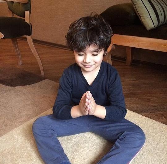 Röya oğlunun yeni şəkillərini yaydı
