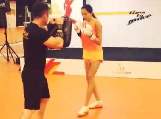 Günay Musayeva indi də boksla məşğul olur - Video