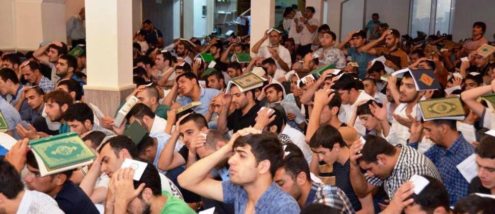 Azeri Sahar Tv | 3 Ночь Гадр в Дербенте 2014 |