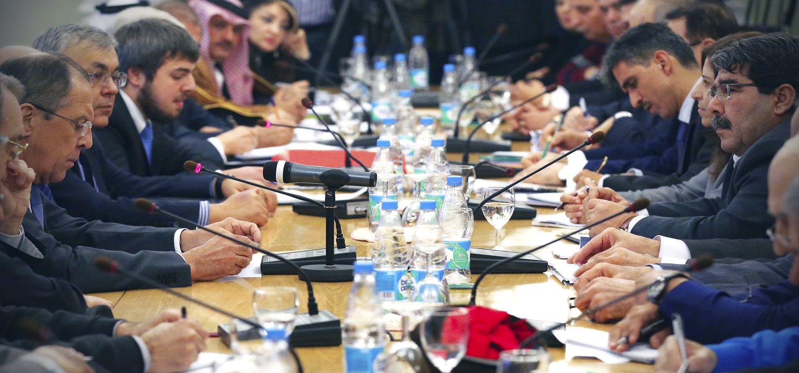Azeri Sahar Tv | В Москве завершились консультации представителей сирийской оппозиции и правительства Сирии |